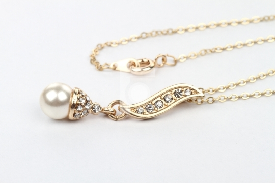 Modern Gold / Pearl/ Diamond Pendant Necklace Jewelry on White B